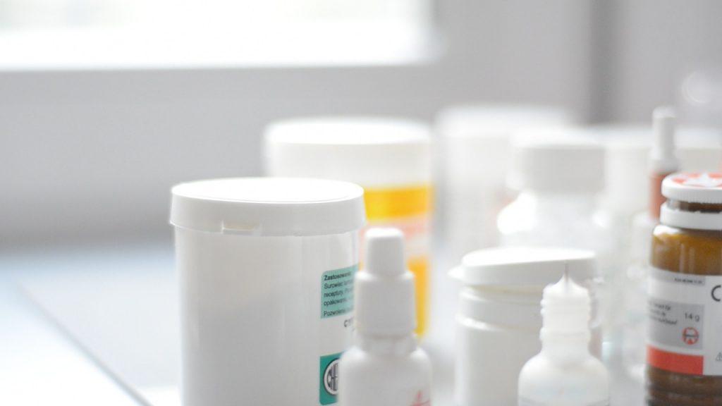 Czy leki mogą mieć negatywny wpływ na zęby?